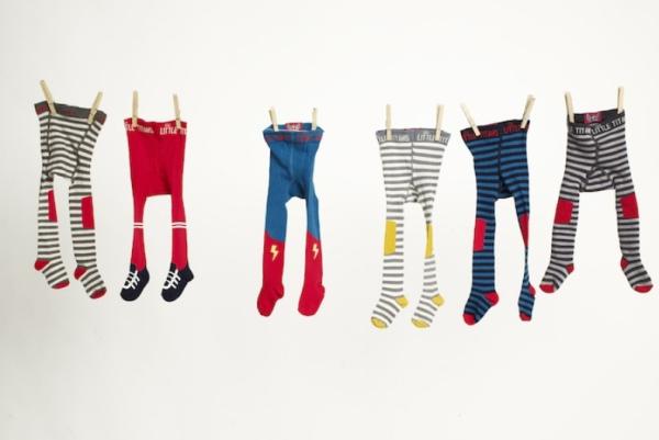 3a82c74d2fb6a A Little Titans criou uma linha super divertida de meias-calça para deixar  os pequenos fofos e livres para engatinhar por todos os lugares.