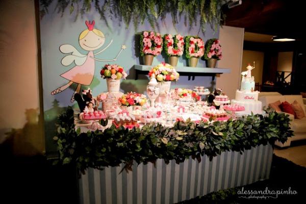 com festa inspirada em Jardim Encantado de Fadas  Blog Moda Infantil