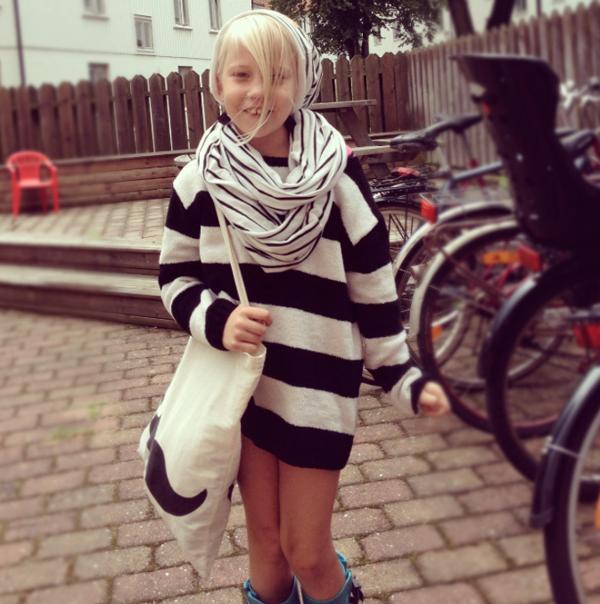 b6ef9bc8f6 Tendência de listras e preto   branco na moda infantil de rua - Blog ...