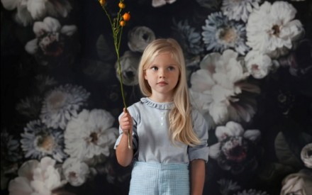 Editorial infantil com rosas na La Petite Magazine