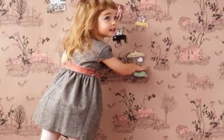 Papel de parede para crianças brincarem com ímas
