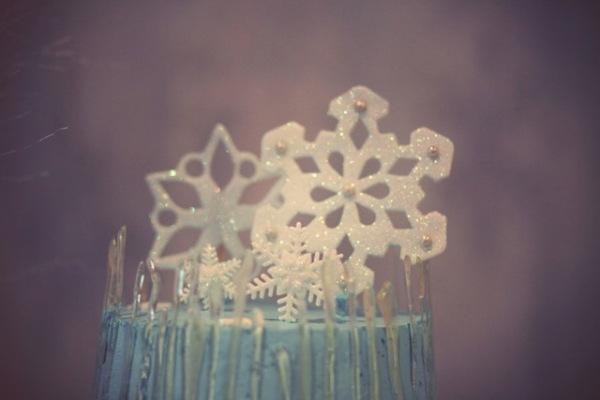 Festa de aniversário de criança com tema do filme Frozen da Disney