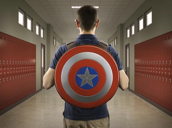 Mochila escolar Capitão América