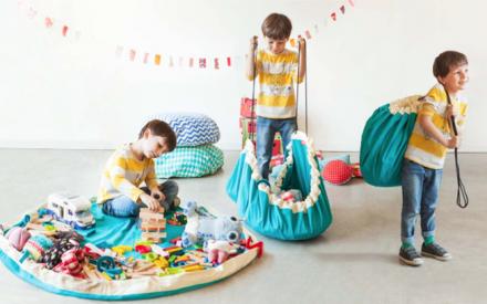 Play & Go: um jeito muito fácil de guardar e carregar os brinquedos