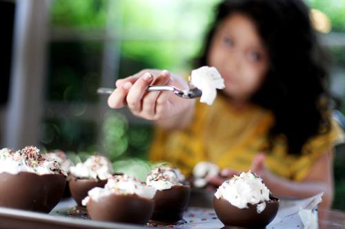 Tigela de chocolate: receita divertida e fácil para fazer com as crianças