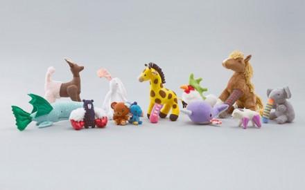 Brinquedos recebem a doação de novos membros para ensinar crianças sobre transplante de órgãos
