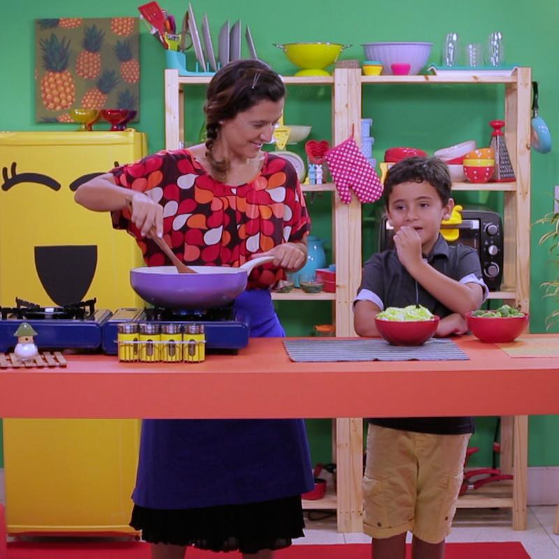 Nutricionista Gabriela Kapim ensina os 5 mandamentos para toda criança comer bem