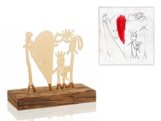 Momentos preciosos: artista brasileira transforma desenhos de crianças em joias