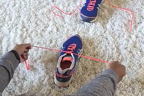A maneira mais fácil de ensinar seu pequeno a amarrar o tênis