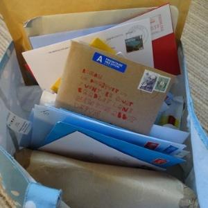 Corrente do Amor: após aniversário sem amigos, garotinho recebe 400 cartões