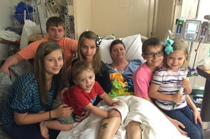 Corrente do Amor: casal decide adotar os seis filhos da amiga que morreu de câncer