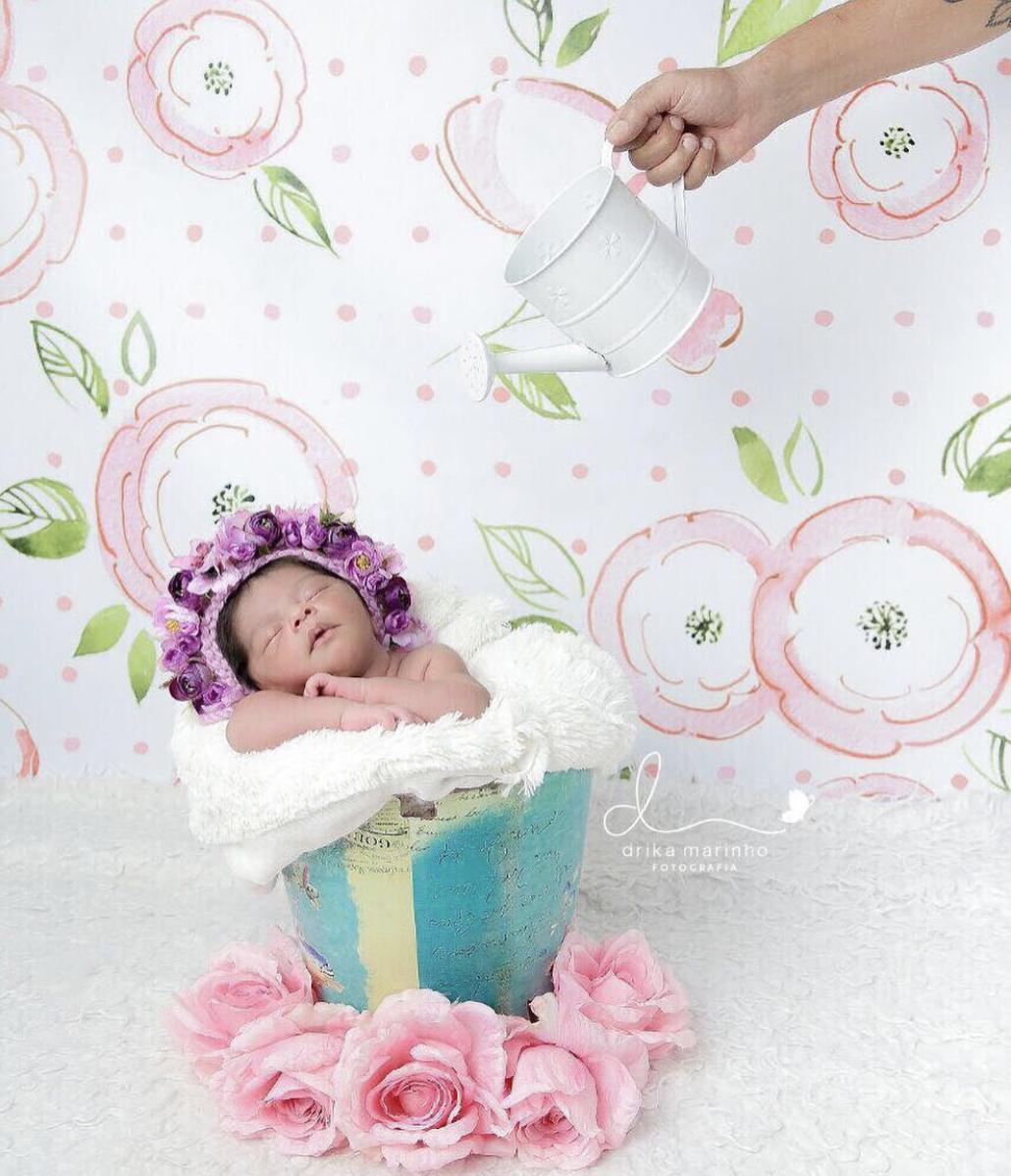 Fofura sem tamanho: com poucos dias de vida, filha de atriz Juliana Alves faz book newborn