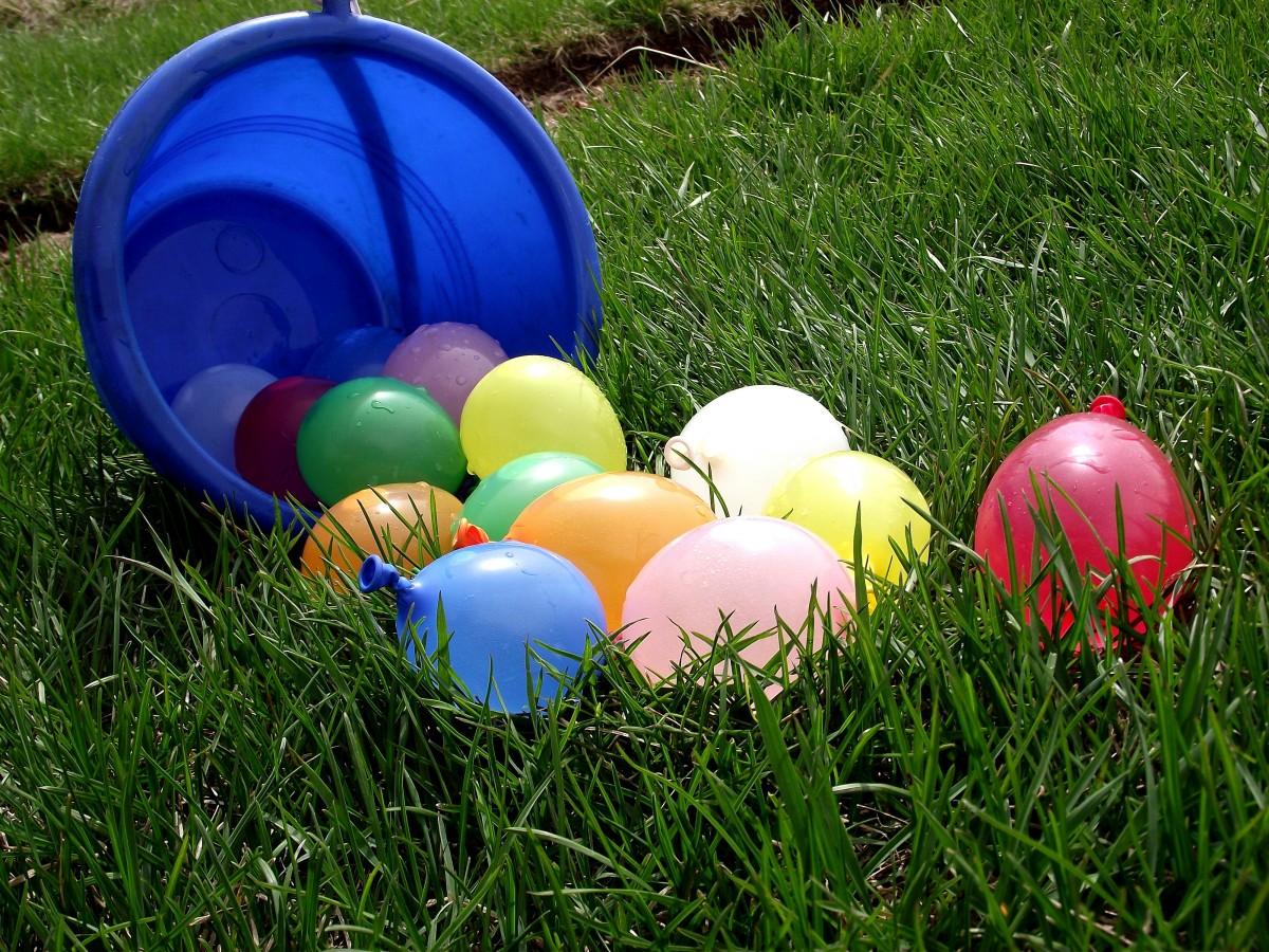 5 brincadeiras refrescantes para os pequenos curtirem as férias