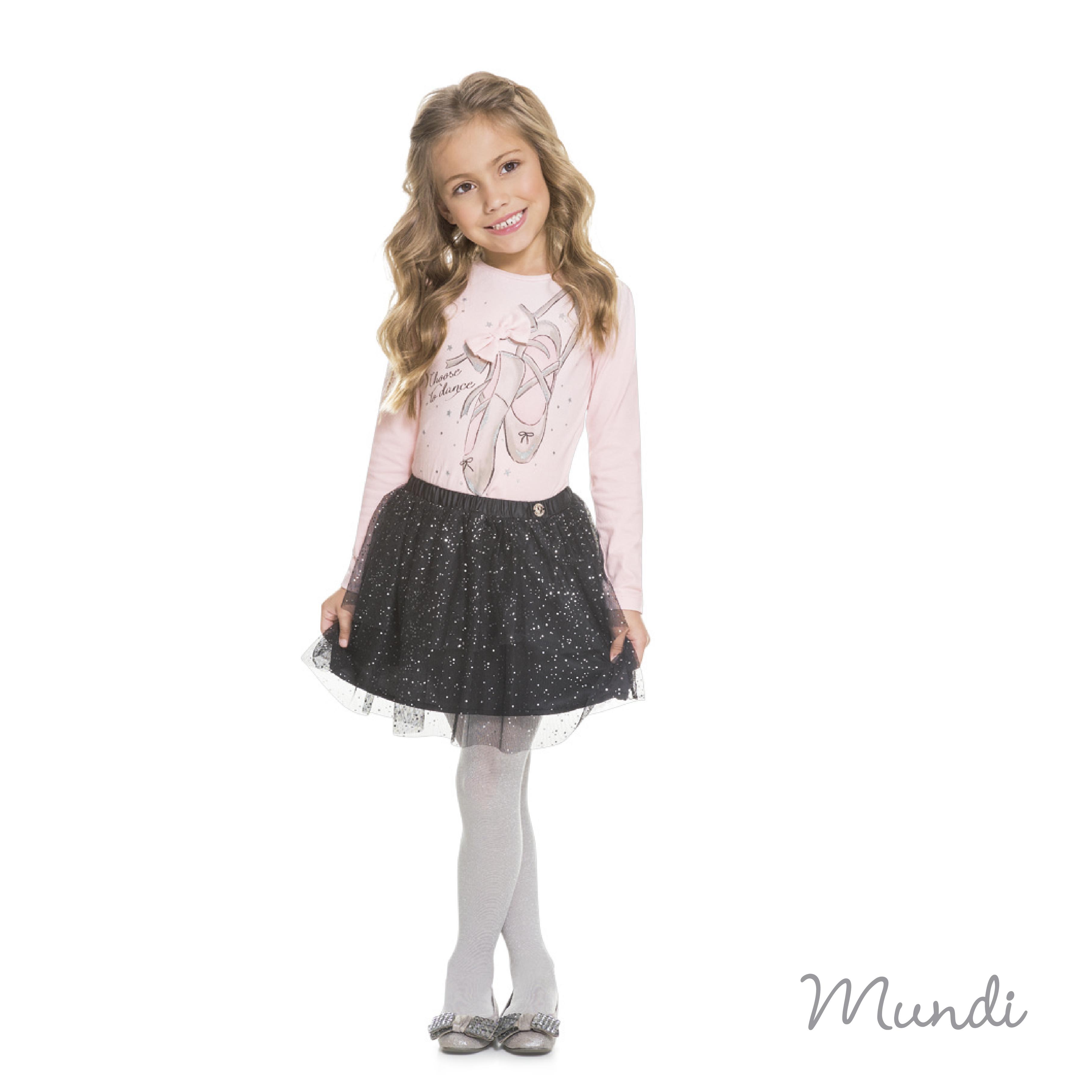 Saia de tule com brilho: tendência de moda infantil para as meninas