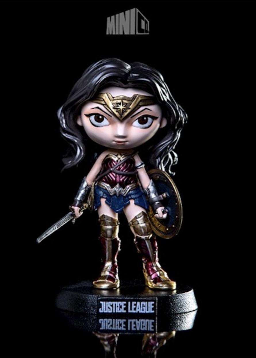 Liga da Justiça: Iron Studio transforma heróis em bonecos incríveis