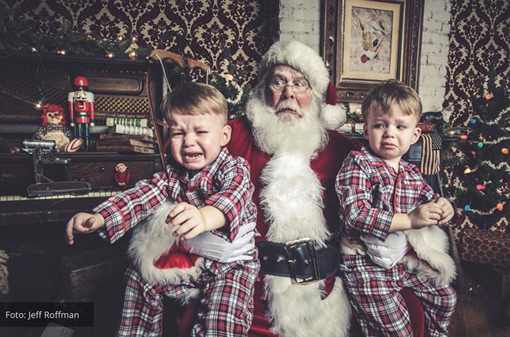 Fotos hilárias de reações de crianças conhecendo o Papai Noel