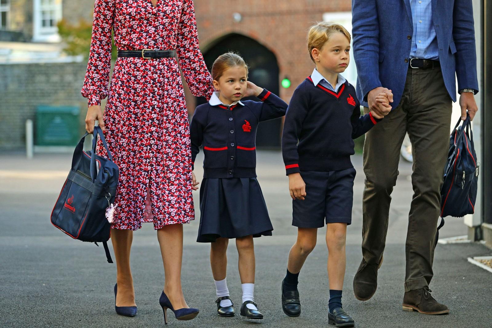 Primeiro dia de aula da princesa Charlotte