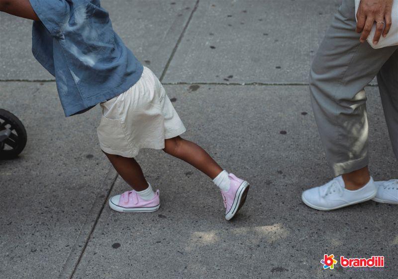peças fáceis de vestir para crianças